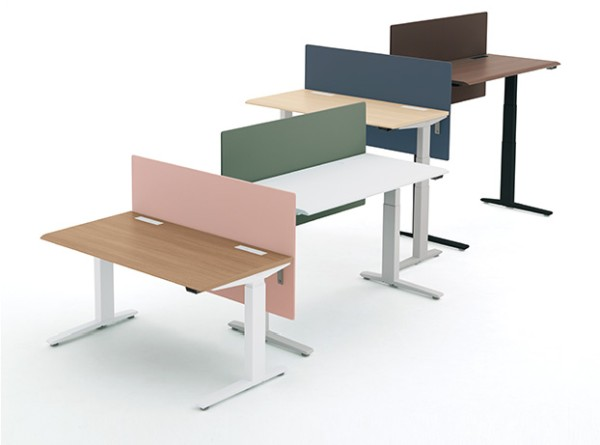 上下昇降デスク「スイフト」(※)出典:http://www.okamura.co.jp/product/desk_table/swift/